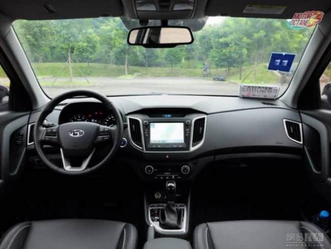 hyundai-ix25 interior