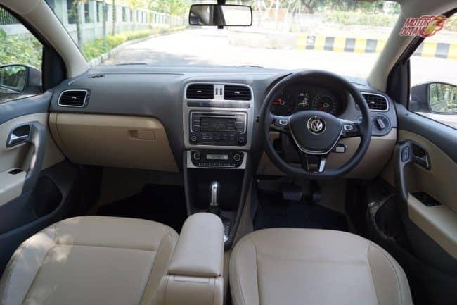 Volkswagen Vento dash