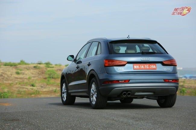 Audi Q3 2015 000