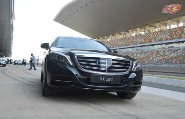 Mercedes benz s guard first drive motoroctane for Mercedes benz guard for sale