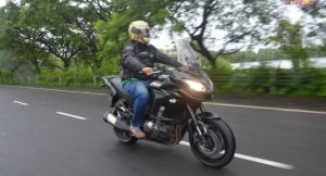 Kawasaki Versys 1000 001