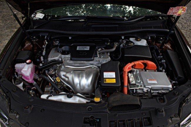Camry Hybrid - Engine Bay