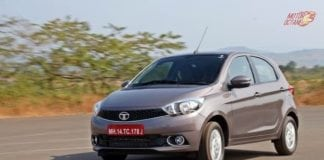Tata Tiago 2017 motion shot