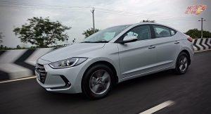 Hyundai Elantra 2016 India motion