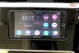 2017 Toyota Corolla Altis touchscreen