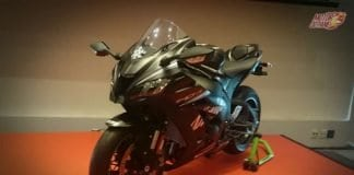 Kawasaki Ninja ZX-10RR 3