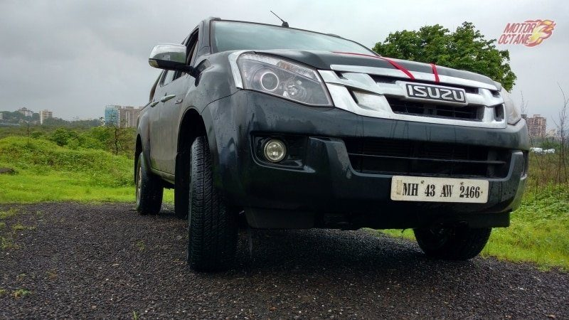 Isuzu V-Cross front