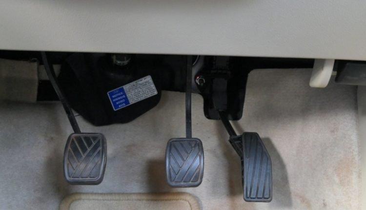 New Maruti DZire 2017 pedals