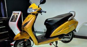 2020 Honda Activa 6G Front three quarter