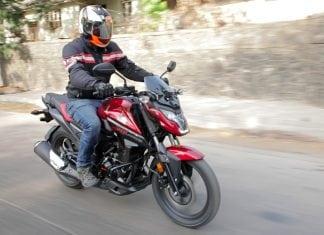 Honda Xblade motion