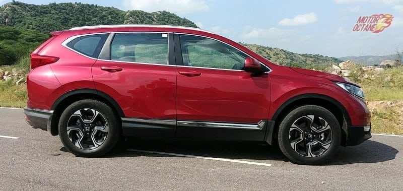 2018 Honda CRV side
