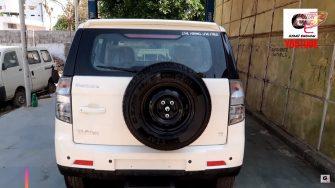 2019 Mahindra TUV300 rear