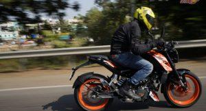 KTM Duke 125 speed motion