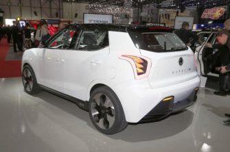 Mahindra XUV300 Electric rear