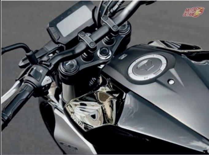 Honda CB300R Neo Sports tank
