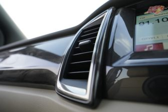 2019 Ford Endeavour AC vents