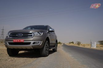 2019 Ford Endeavour front 3