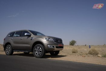 2019 Ford Endeavour side