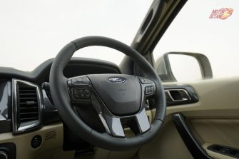 2019 Ford Endeavour steering