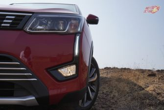 Mahindra XUV300 head lights