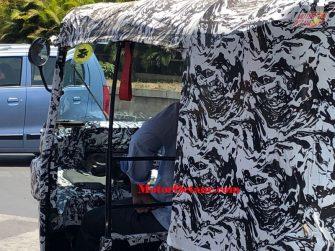 Bajaj Electric Rickshaw front