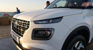 Hyundai Venue 2019 LED headlights