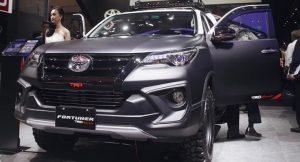 Toyota Fortuner TRD Sportivo 2019 3