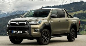 Toyota Hilux front